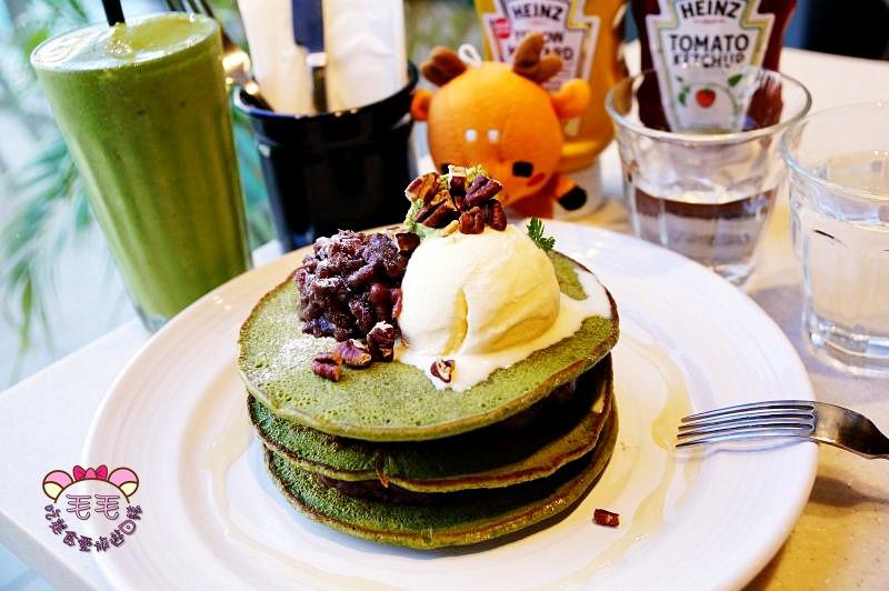 林口三井outlet》J.S. Foodies抹茶鬆餅好拍照,日系美式餐廳台灣一號店/逛街購物餐廳推薦