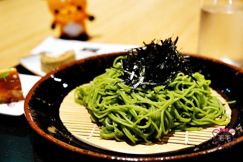 東京美食|影音》寿月堂。抹茶控吃過最好吃濃厚抹茶蕎麥麵/銀座歌舞伎座店/東京自由行餐廳推薦
