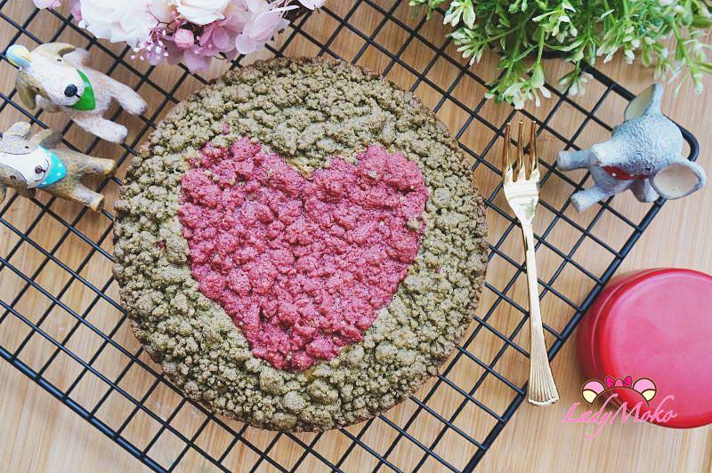甜點影音食譜》雙色抹茶酥粒磅蛋糕Matcha Pound Cake with Crumble