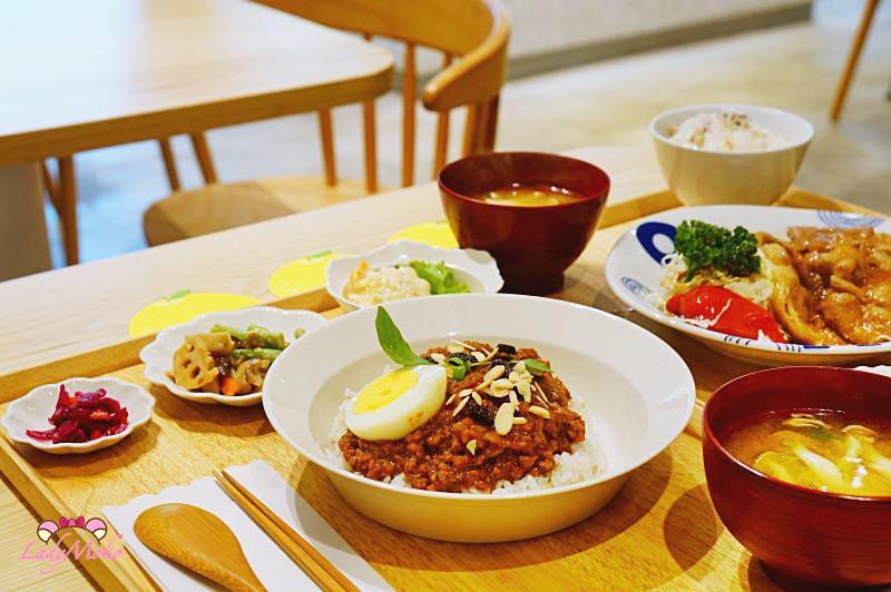 新竹巨城》柚子Pomelo's,日本知名料理家駐店指導日式定食與超讚抹茶生乳捲