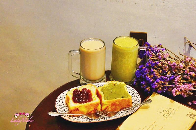 板橋超高CP值早午餐咖啡廳》Awhile 外兒小館,超抹牽絲抹茶丹麥土司&抹茶香蕉牛奶