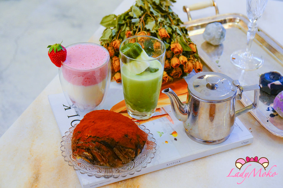 中山韓系咖啡廳》house go in走進屋子裡,可麗露抹茶冰牛奶,濃郁草莓歐蕾,髒髒包