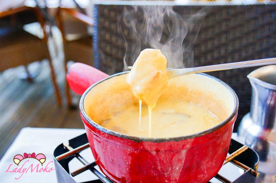 瑞士日內瓦美食》Le Perron,滿滿酒香蘑菇起司鍋fondue初體驗!