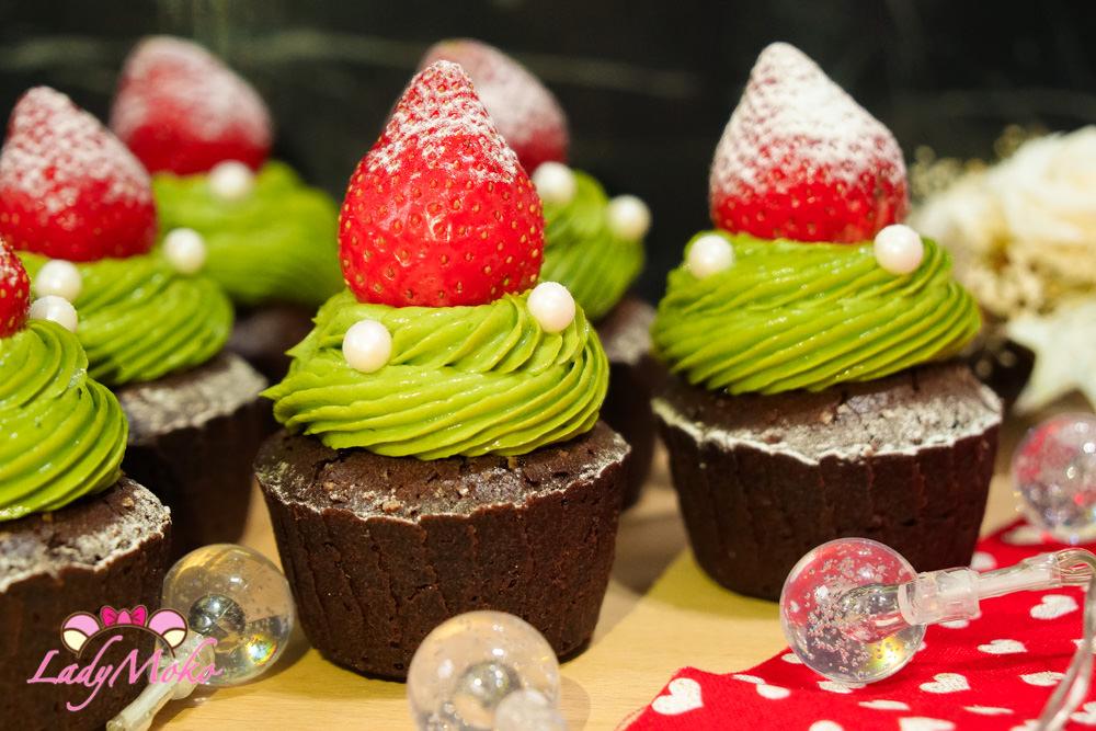 甜點食譜》聖誕樹杯子蛋糕(草莓抹茶巧克力杯子蛋糕)
