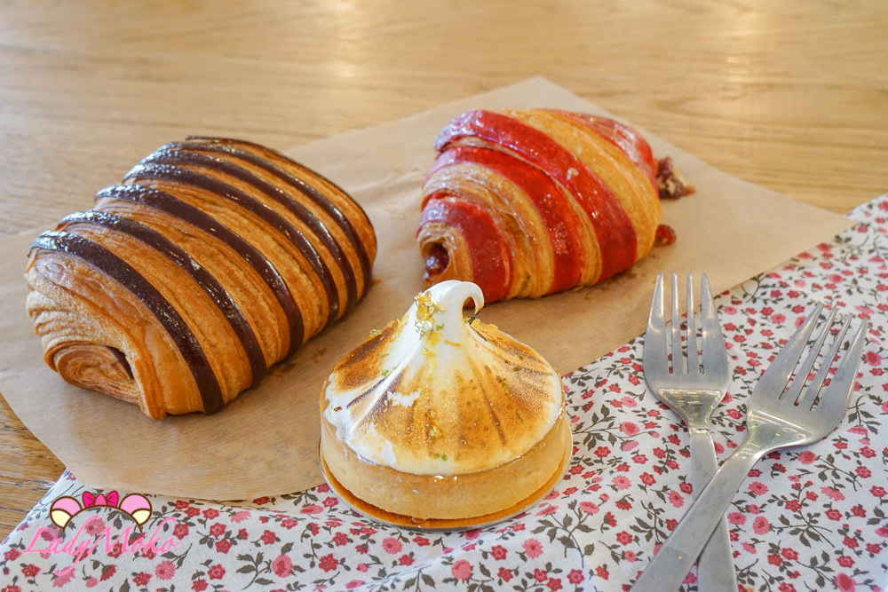 巴黎甜點|BO&MIE,法式甜點麵包內用座位咖啡廳,雙色可頌&金箔尖尖檸檬塔