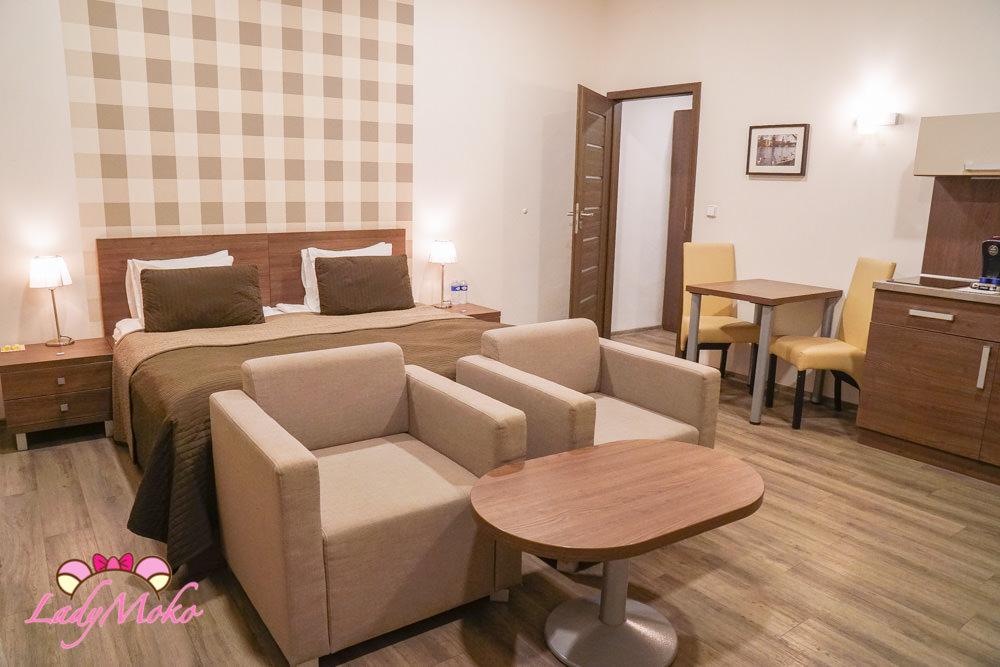 布拉格平價飯店推薦|Hotel Residence Spalena,位置好交通方便,超大房間,設備齊全廚房洗衣機