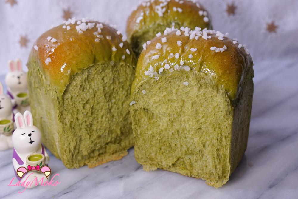 日本抹茶生吐司(生食パン)食譜 軟嫩帶嚼勁的超讚口感/糖粒裝飾更增添口感(生食パンの作り方)