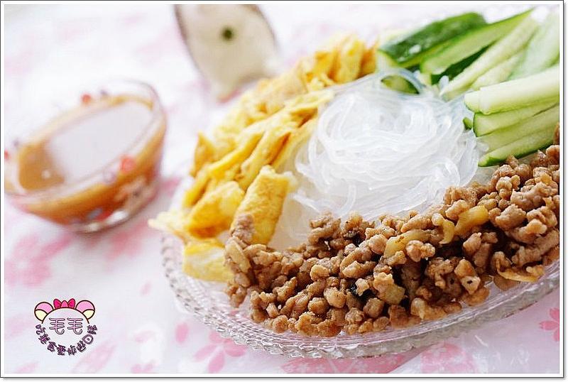 料理 》夏日涼拌冬粉。健康、原味、低熱量,涼夏必備開胃菜♥炎熱夏天必備懶人輕食(便當料理)