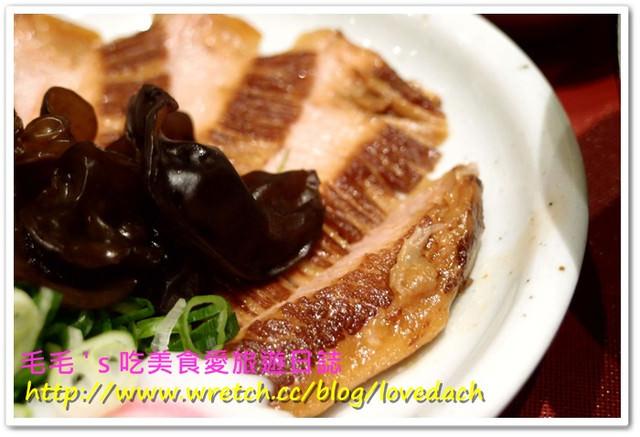 台北大安 》食記:山頭火拉麵。湯頭很棒,飽滿肉餡的煎餃