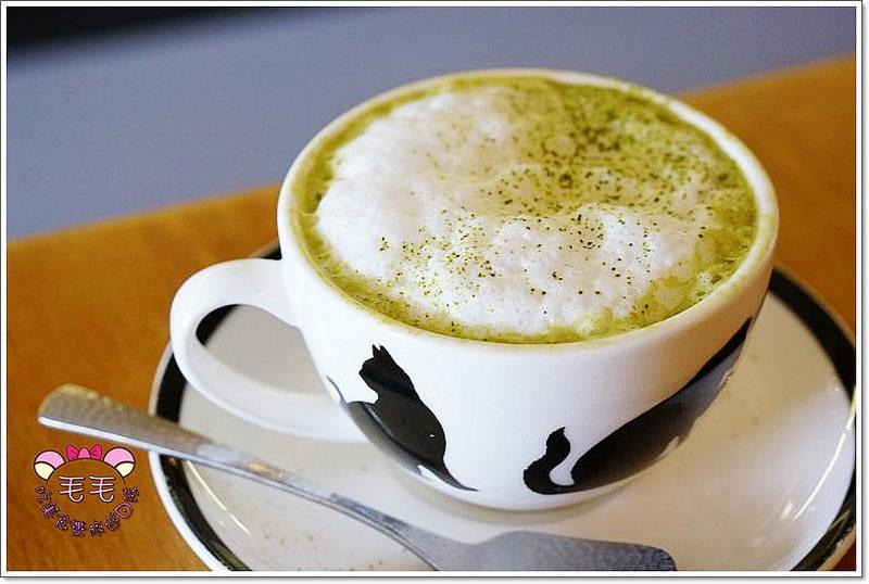 英國倫敦美食推薦 》Necco Japanese Cafe Bar。粉紅日系可愛貓貓餐廳,超多抹茶甜點和日式餐點(抹茶控|貓奴|Angel station)