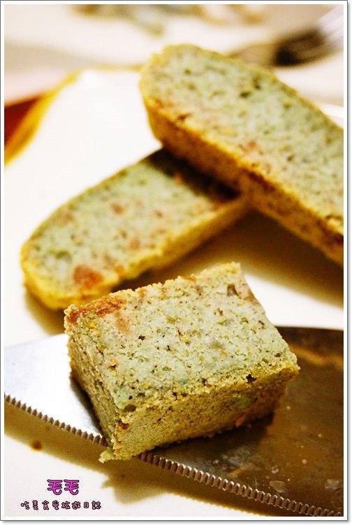 食譜 》紫地瓜五穀天使蛋糕。健康低油低糖甜點系列,少了蛋黃多了更多的清爽與零負擔 (蛋糕)(下午茶)
