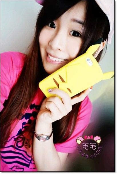 皮卡丘手機套 》玩寶可夢怎麼可沒有皮卡丘的保護呢?日本東北仙台Smart Labo手機套殼周邊專賣店/還可以試穿喔/小小兵迪士尼懶懶熊皮卡丘等卡通正版授權手機周邊/3C實際使用心得分享/神奇寶貝凝膠指甲