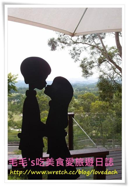 台中北屯 》景點:心之芳庭。典雅漂亮的拍照聖地♥有吃有喝有得拍,台中必去景點(情人放閃必來)