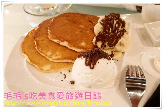 食記。咖啡灣Cafe Bay 》鬧中取靜的優閒好吃下午茶 ~ 香蕉巧克力煎餅好好吃